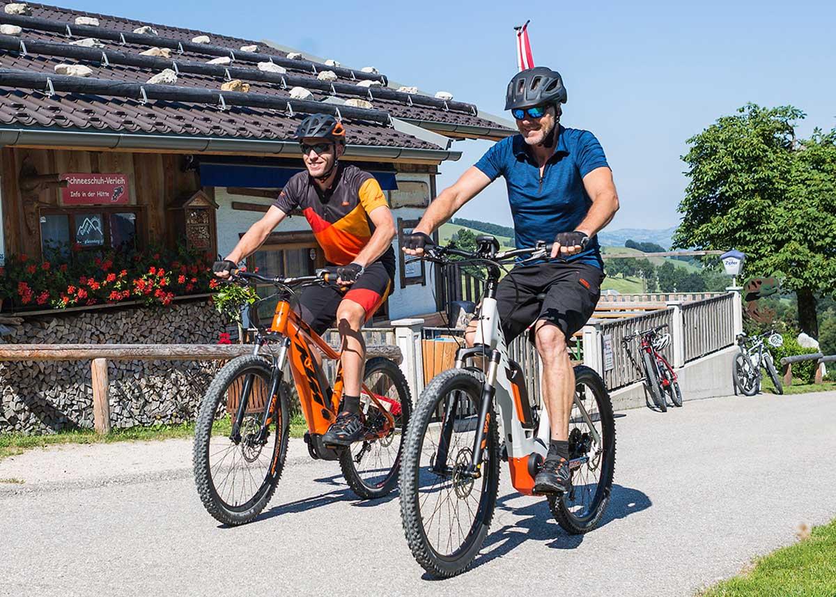 Nebeneinanderfahren Radfahren KTM Gemeinsam