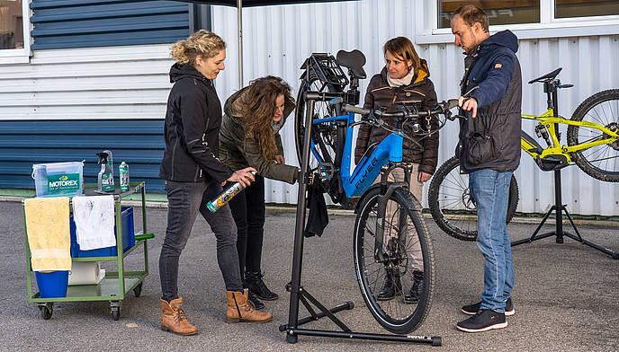 Pflegetipps-FLYER-E-Bike